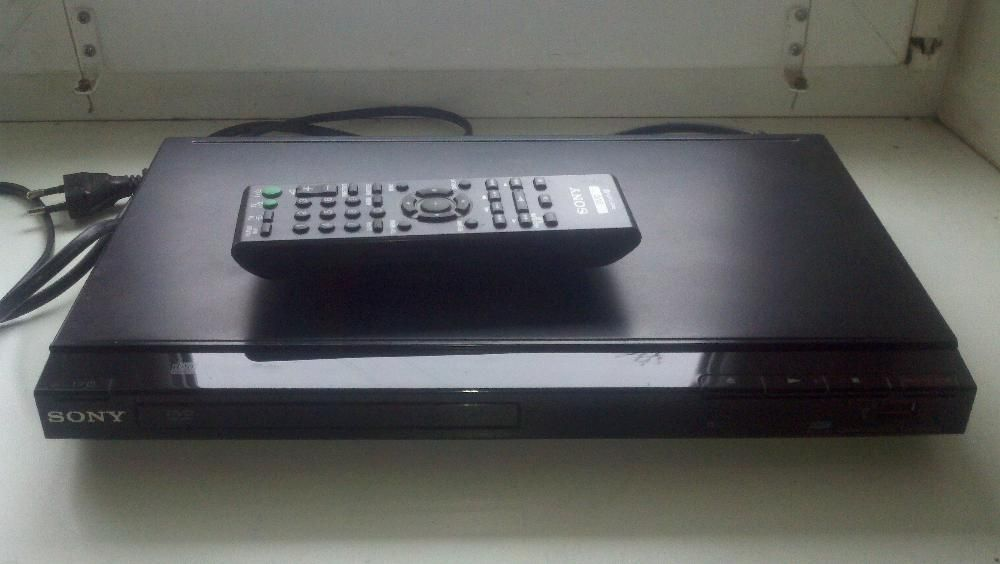 Sony - SR300 usb /dvd/cd/divx (все форматы)
